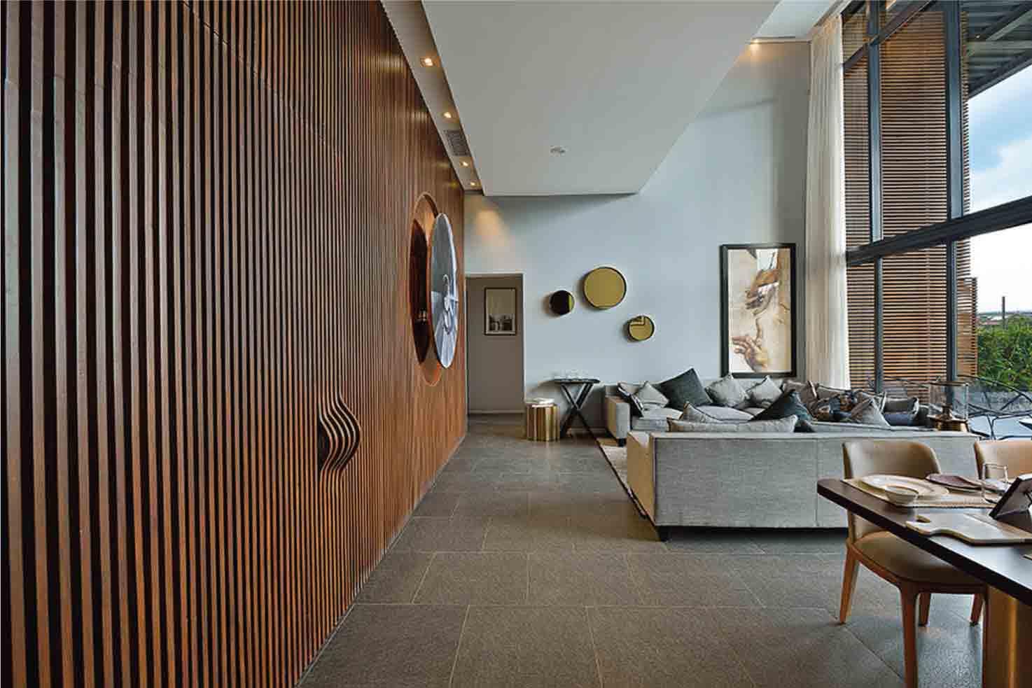 Luxury Duplex on EM Bypass